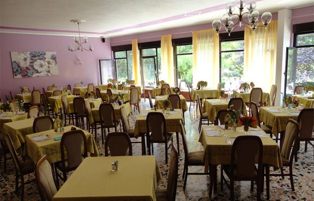 Hotel Levico Sala